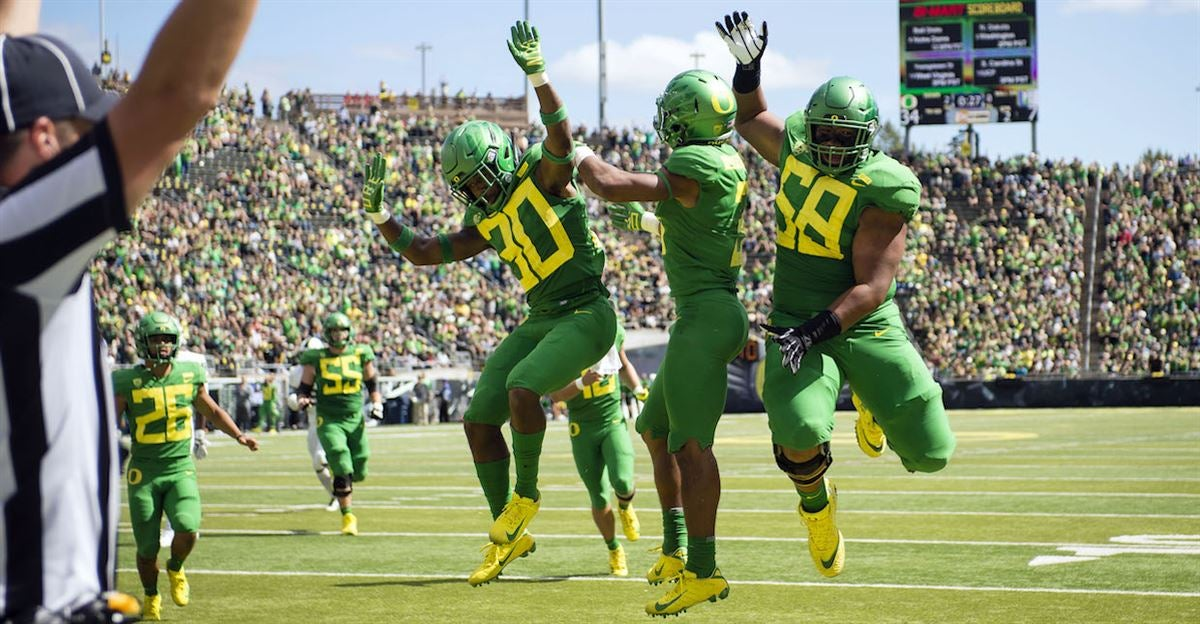 The Pac 12 Announces Oregon S 2019 Football Schedule