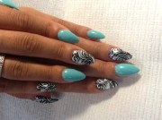 teal & black - nail art