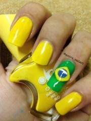 brazil flag - nail art