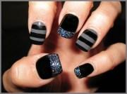 black & grey mani - nail art