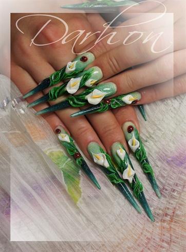 calla lily  Nail Art Gallery