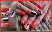 orange black & white - nail art