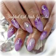 purple almonds - nail art
