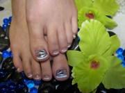 lotus french toes - nail art