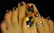 funky toe nails - nail art