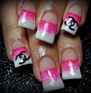 pink chanel - nail art