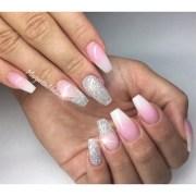 white ombr nails - nail art