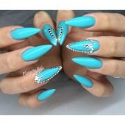 ocean blue stilettos - nail art