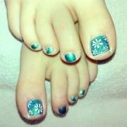 daisy toes - nail art