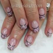 swirl french - nail art