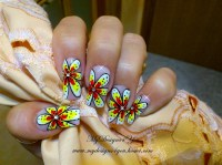 Bold Summer Flower Print Nails - Nail Art Gallery