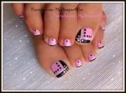 toenail art design pink and black