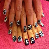 15 Sporty Baseball Nail Designs - Pretty Designs