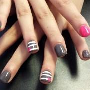 grey pink heart - nail art