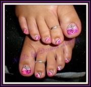 pink and purple toes - nail art