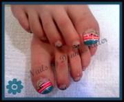 headin' beach toes - nail