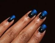 blue black gradient - nail art
