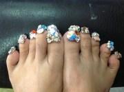 bling toes - nail art