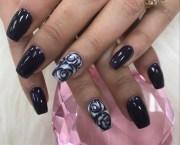 black rose - nail art