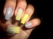 grey yellow - nail art