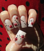 ladybug parade - nail art