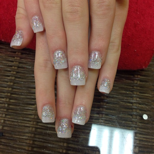 White French Tip Nails Art With Glitter