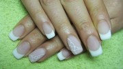 french manicure matte - nail art