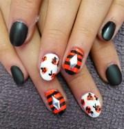 fall pumpkin halloween - nail art