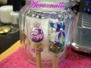 water bubble and aquarium nail