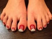sneaker toes - nail art