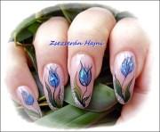 tulips - nail art