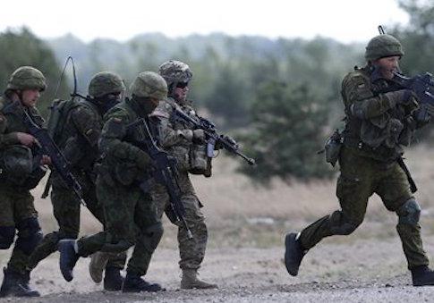 Members of U.S. Army