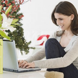 Do Online Christmas Shopping