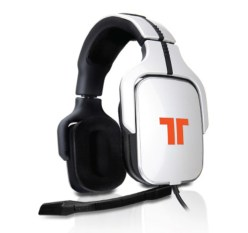 The Tritton AX 720 headset lets you enjoy audio on your Xbox 360, PS3 or PC in crystal clear Dolby Digital 5.1 surround sound.
