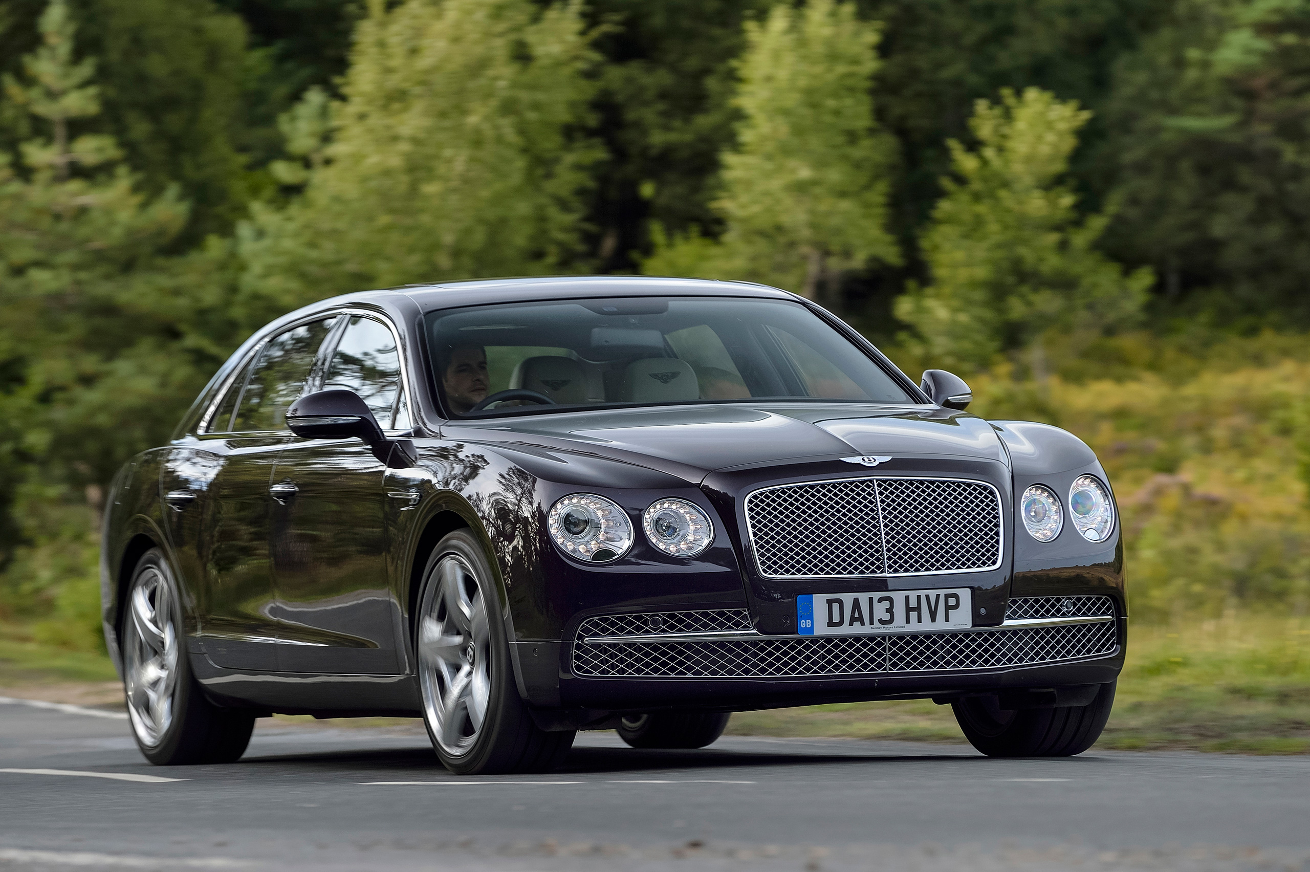 Roll Royce Car Hd Wallpaper New Bentley Flying Spur Launched In Malaysia From Rm1 8