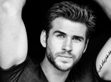 12 Photos That'll Have You Dreaming About Liam Hemsworth Tonight