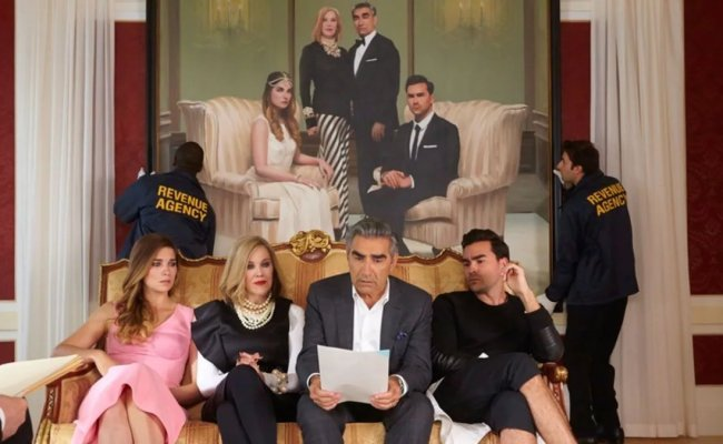 Schitt S Creek Is The Happiest Show On The Internet That Reminds Us To Be Kinder To Ourselves