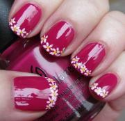 nail - red art with white