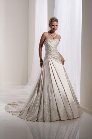 HochzeitsNail Designs  Sophia Tolli Brautkleid 793860  Weddbook