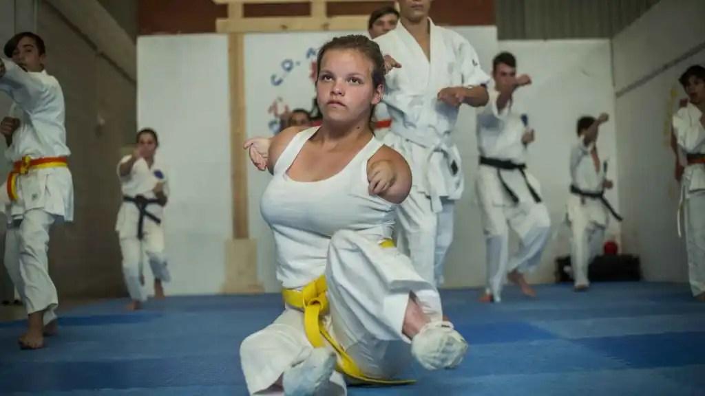 Ana, la niña karateca ejemplar para todos.