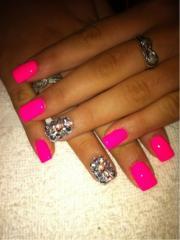 neon wedding - nail