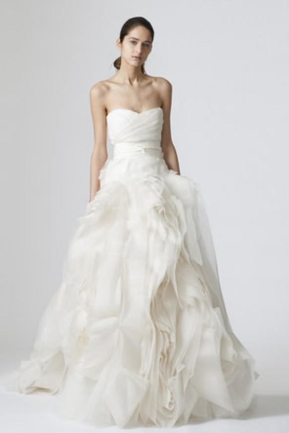 Vera Wang Classic Vera Wang Wedding Dress #794978 Weddbook