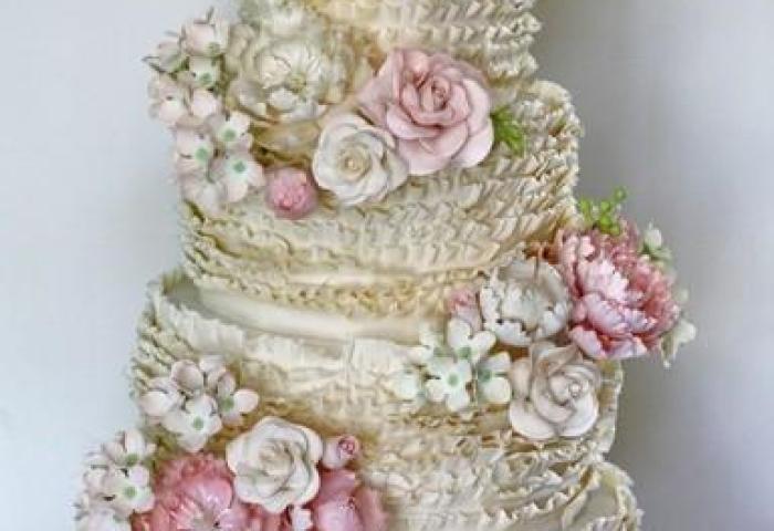 Ruffle Wedding Cakes Wedding Cake Design 846537 Weddbook