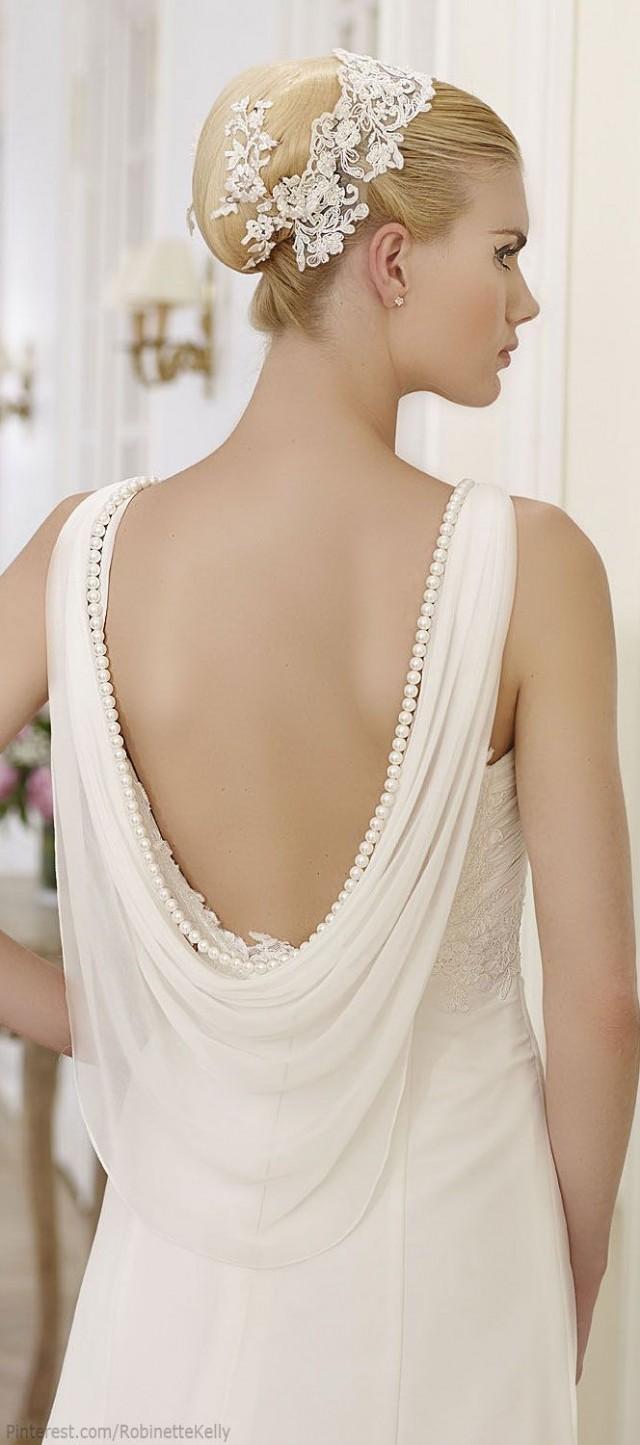 Classy Ivory Wedding Dress With White Veil 2002560 Weddbook
