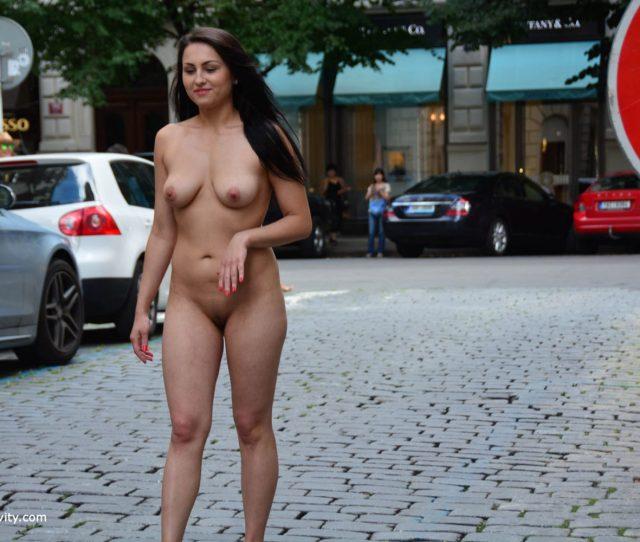 Kirshley Nude In Public Nip Activity