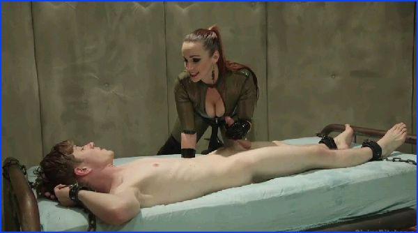 Femdom 2127 Bella Breaks In A New Toy