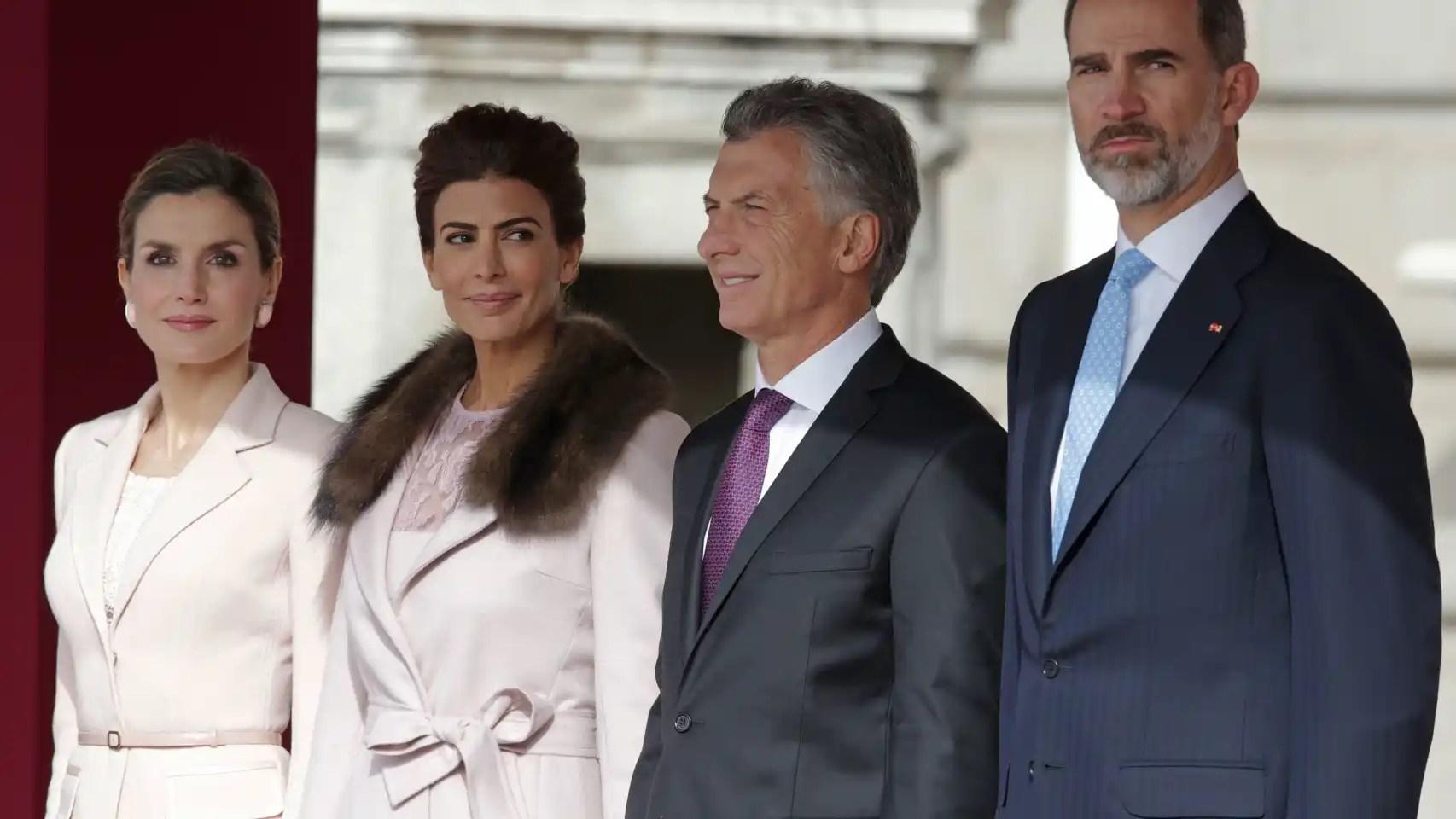 Letizia, Juliana Awada, Mauricio Macri y Felipe VI.