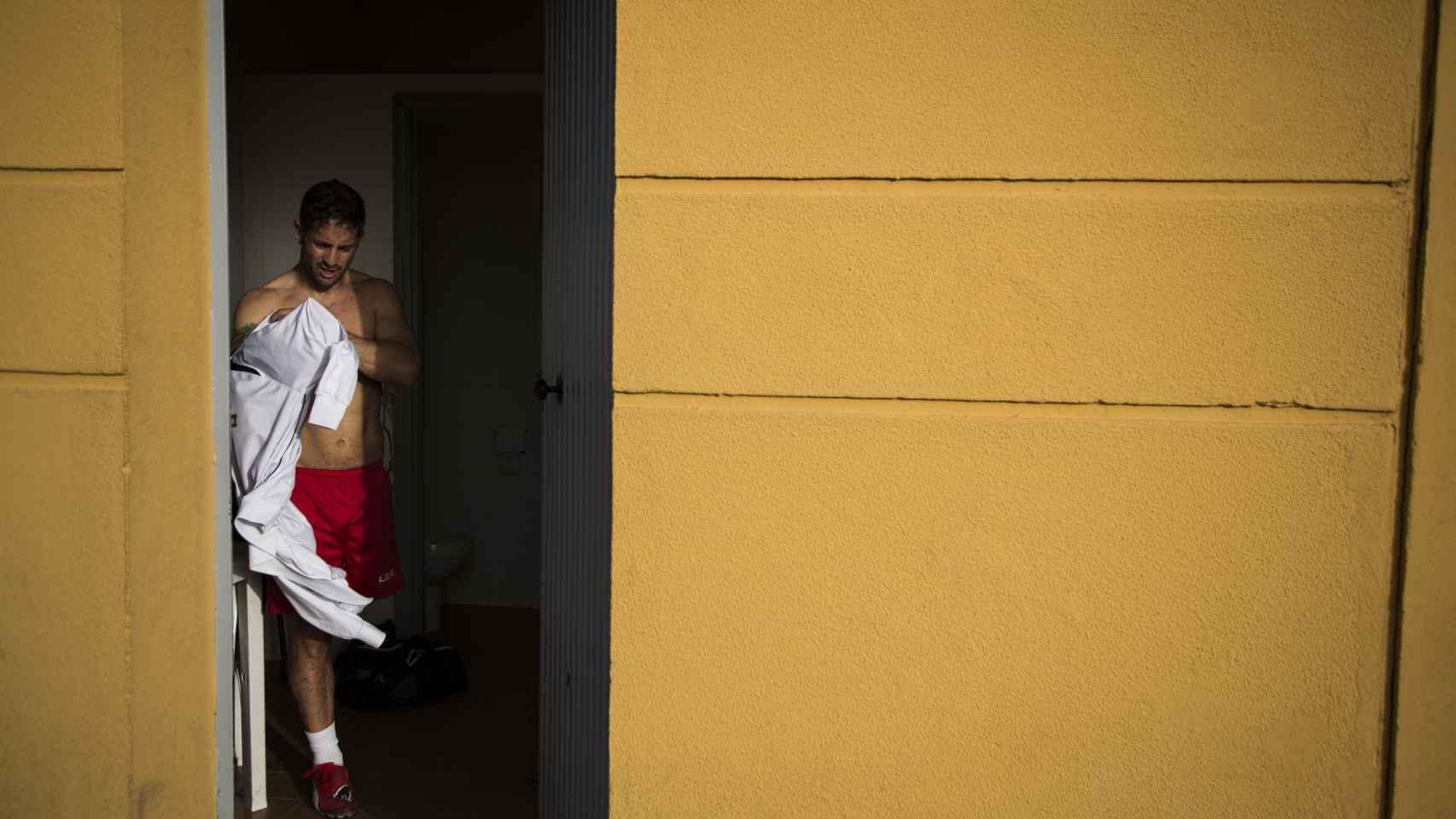 Ihan Ettalib y Francisco Vaquero, de la selección española de amputados, tras el entrenamiento. Foto Fernando Ruso