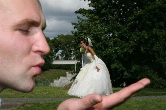 Hilarious Wedding Photography  Creative Wedding