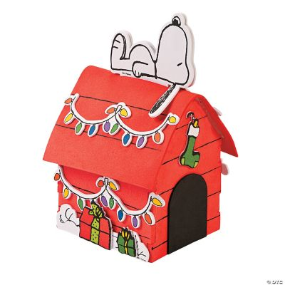 Peanuts 3D Snoopys Christmas Dog House Craft Kit